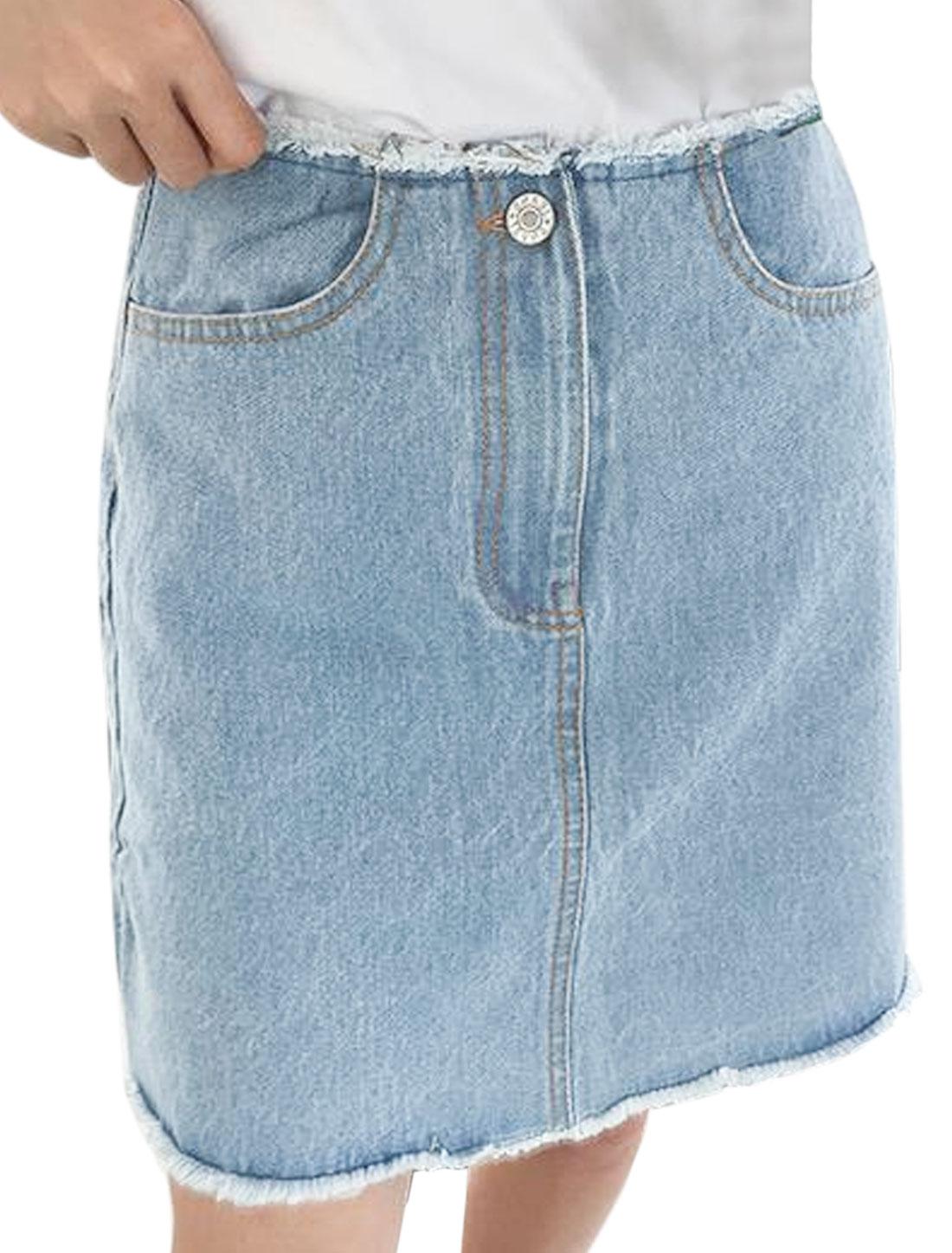 Women Frayed Hem Pockets Front Denim A Line Skirt Blue M