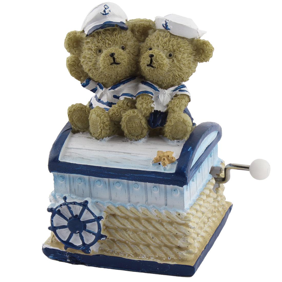 Home Resin Bear Shaped Hand-cranked Desktop Decoration Music Box Birthday Gift