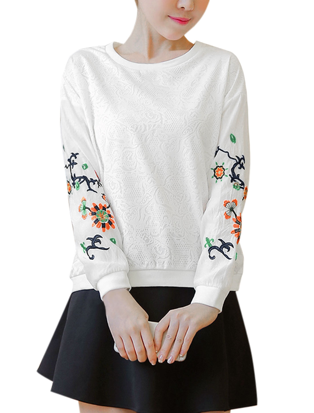 Women Floral Design Embroidery Slim Fit Long Sleeves T-Shirt White XS