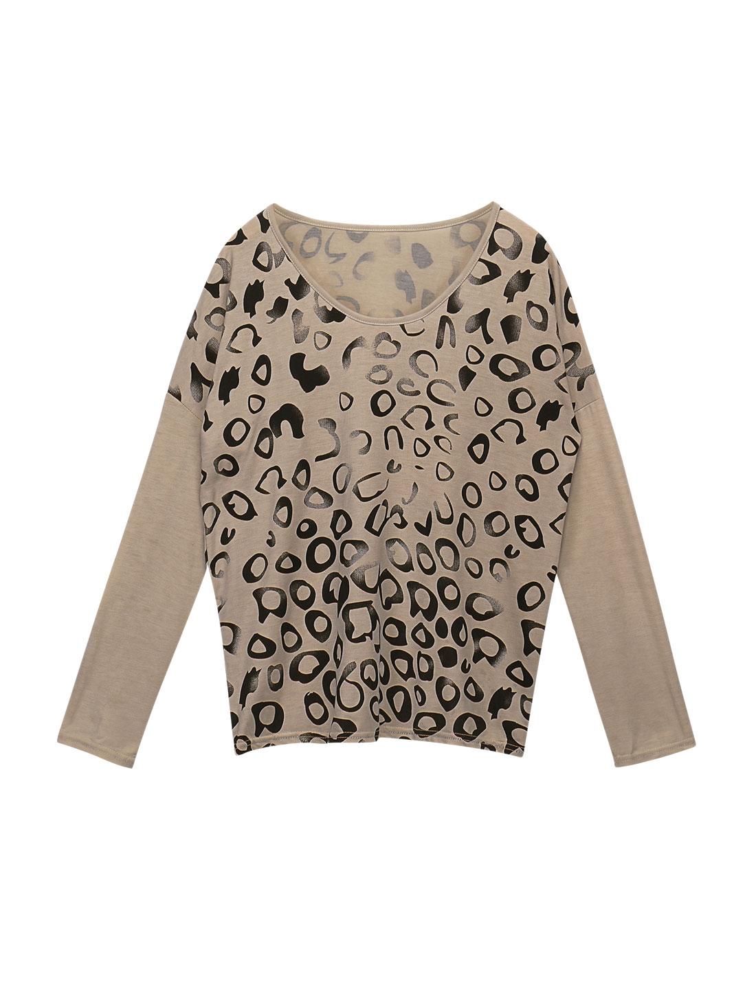 Women Scoop Neck Long Sleeves Leopard Prints Loose Top Beige M