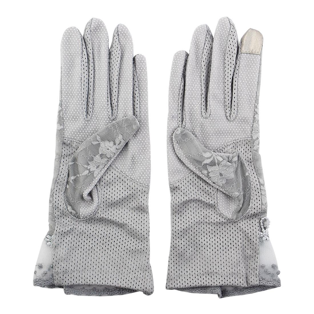 Outdoor Travel Driving Flower Lace Decor Wrist Length Full Finger Sun Resistant Gloves Gray Pair for Women