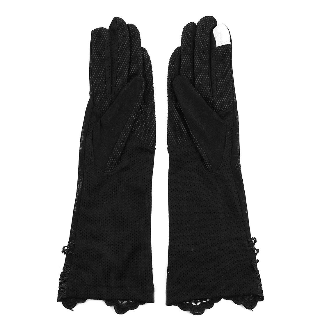 Outdoor Travel Driving Flower Butterfly Decor Full Finger Non-slip Sun Resistant Gloves Black Pair for Women