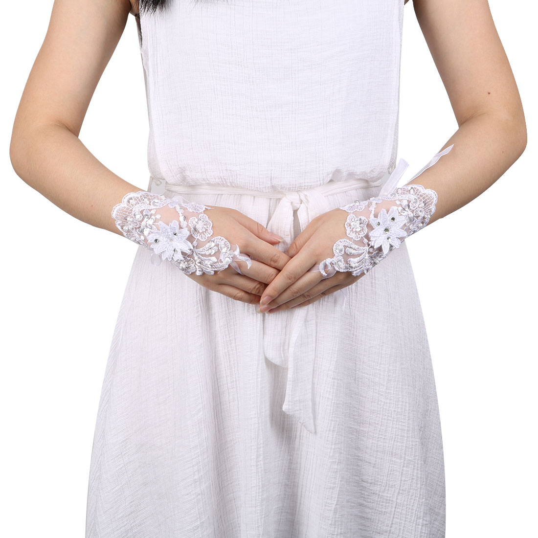 Woman Polyester Flower Sequins Decor Bridesmaid Hand Lace Fingerless Glove Pair