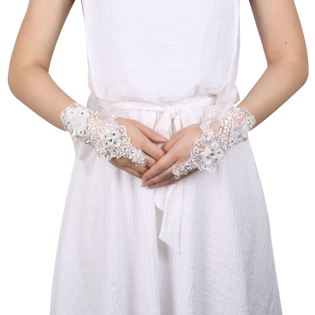 Lady DIY Craft Embroidery Decor Bridesmaid Hand Lace Fingerless Glove White Pair